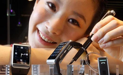 Samsung Galaxy Gear_ Tech Shohor
