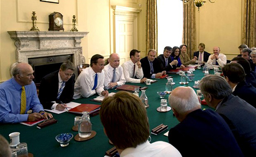 Tablet ban in UK cabinet meeting_ Tech Shohor