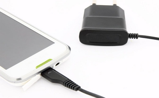 Cell-Phone-Charger_techshohor