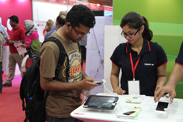 Robi Smartphone & Tab Expo-TechShohor (1)