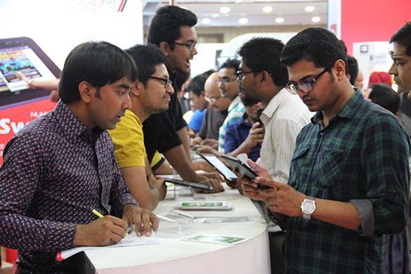 Robi Smartphone & Tab Expo-TechShohor -10