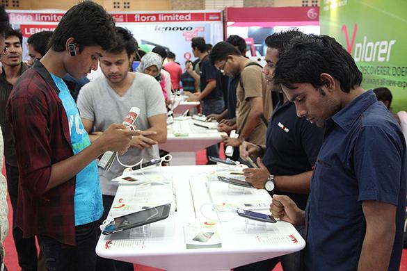 Robi Smartphone & Tab Expo-TechShohor (2)