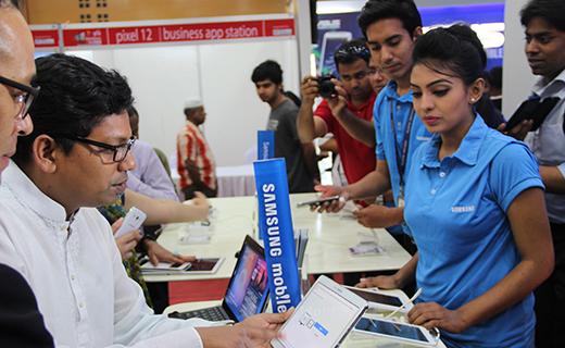 Robi Smartphone & Tab Expo-TechShohor
