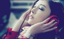 asian-girl-music-red techshohor