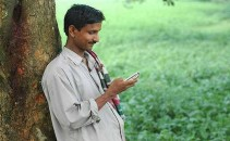 bangladesh-mobile-phone-user