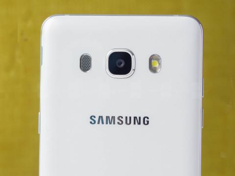 Samsung-Galaxy-J5-2016-techshohor.jpg (2)