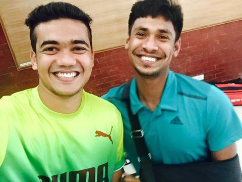 Mustafiz & Taskin Selfie-2-TechShohor