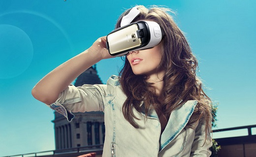Samsung-Gear-VR-girl-techshohor