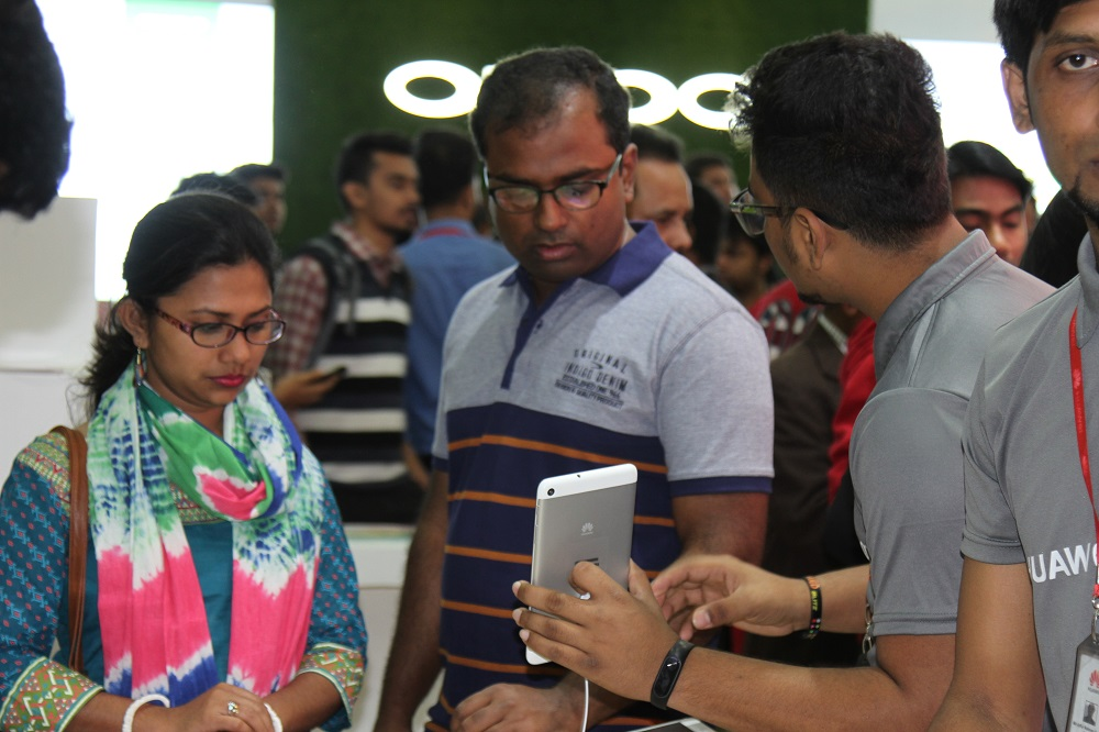 smartphone-expo-techshohor (2)