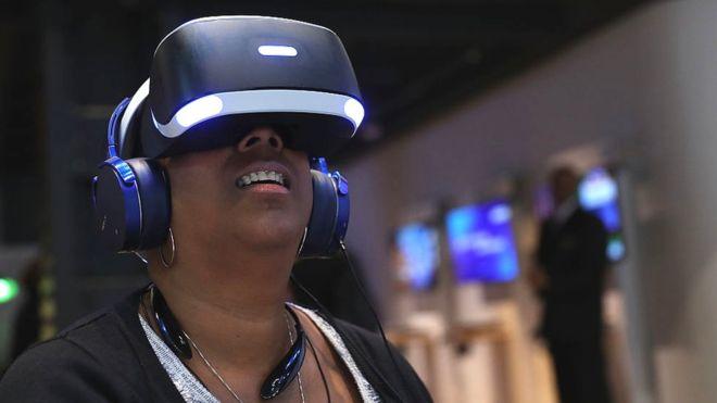 sony-VR-headset-techshohor