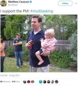 baby-multitasking-techshohor